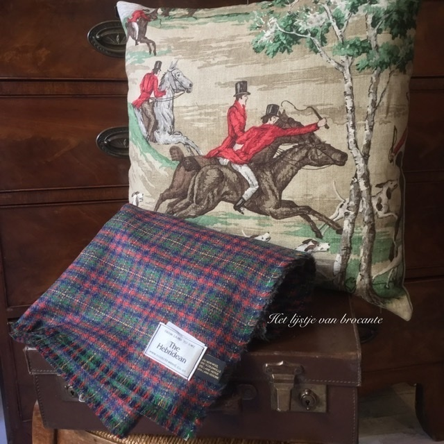 Schots wollen tweed plaid Dunmore